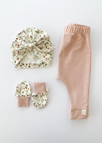 Blush + Floral Gift Set - Sadie:Baby UK