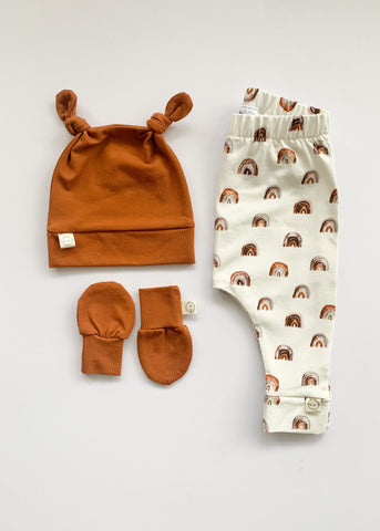 Rust + Rainbow Unisex Gift Set - Sadie:Baby UK