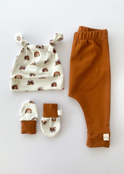 Rainbow + Rust Unisex Gift Set - Sadie:Baby UK