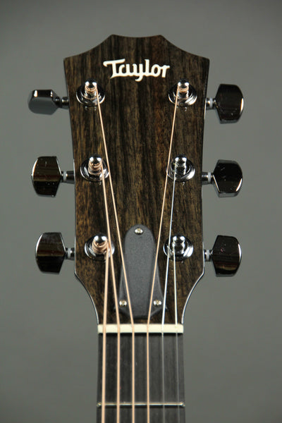 Taylor 214ce Deluxe Cutaway w/ Pickup