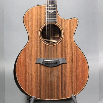 Taylor Limited Edition 914CE (Sinker Redwood)