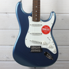 Squier Classic Vibes 60's Stratocaster (Lake Placid Blue)