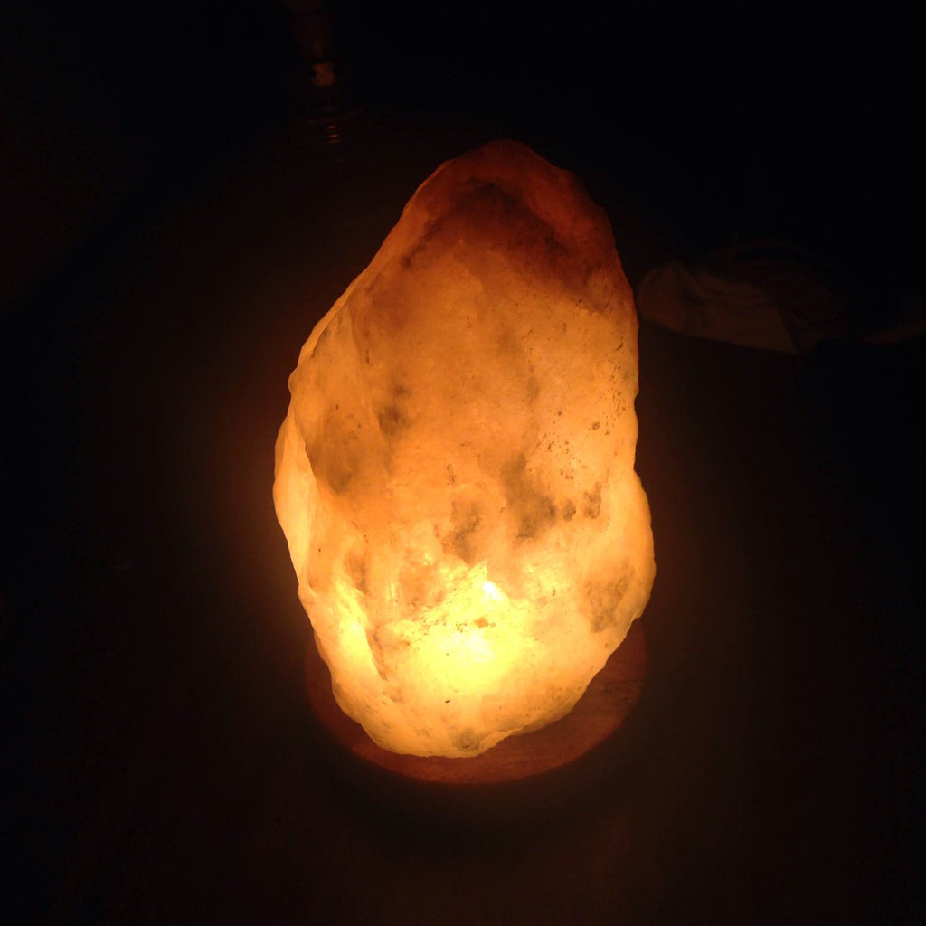 I'm Neglecting Netflix Thanks To My Himalayan Salt Lamp