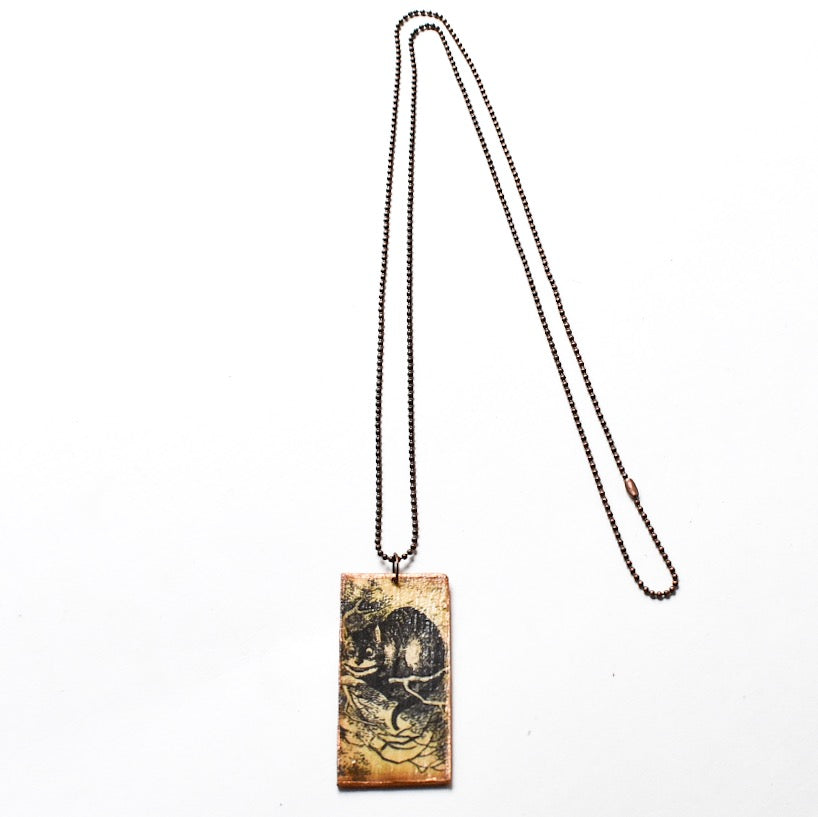 Wooden Wonderland Cheshire Cat Necklace - Hello Violet