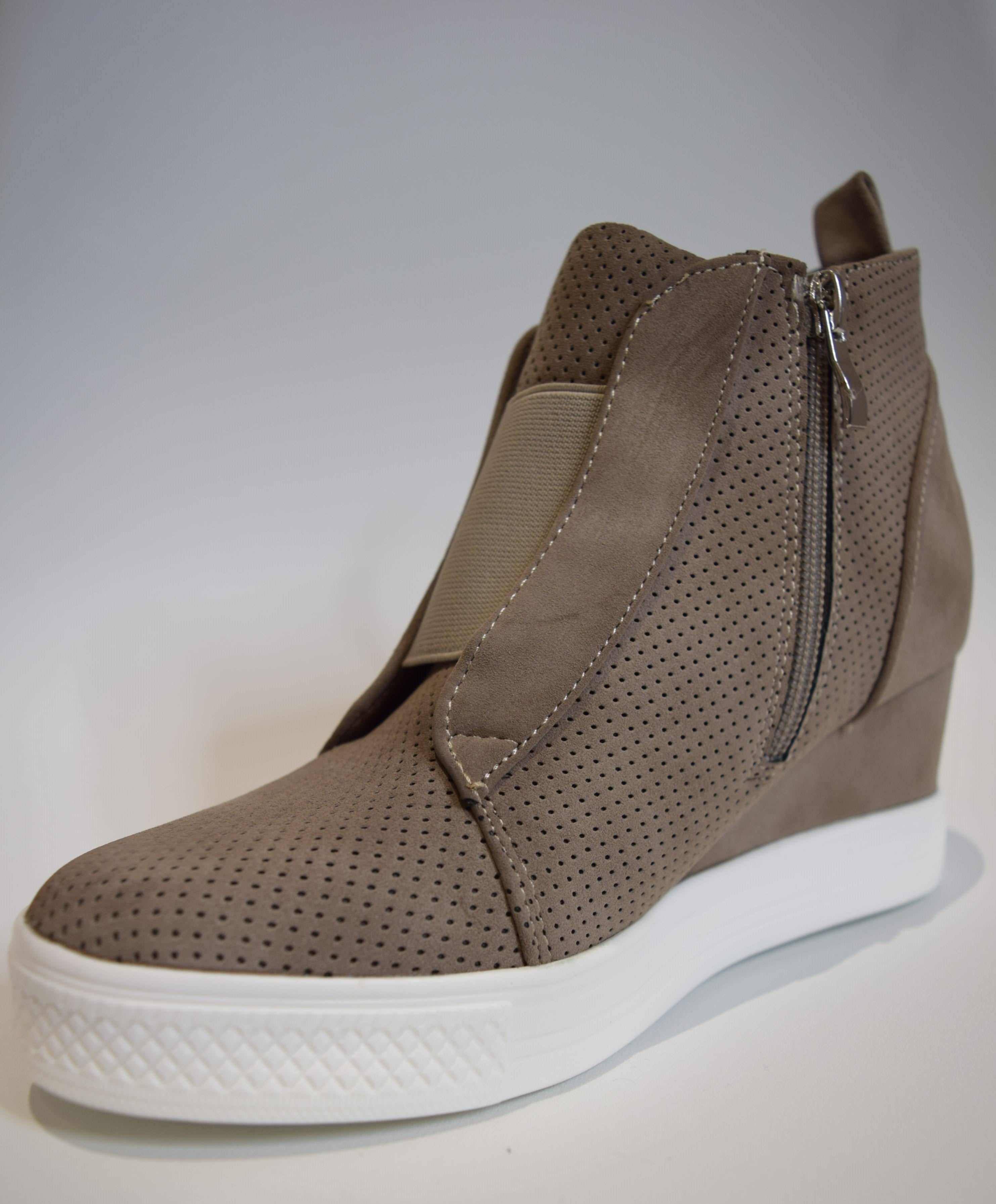 Zoe Taupe Wedge