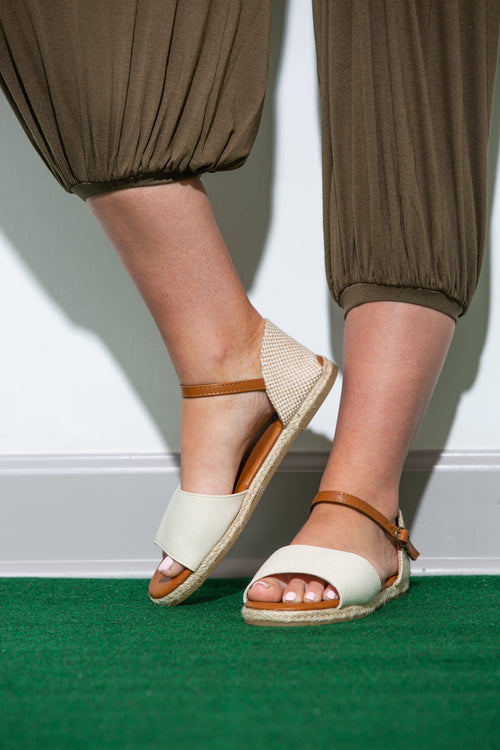 Alyssa Beige Sandals - impromptu boutique