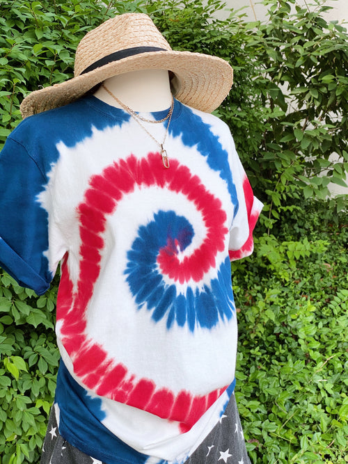 Land That I Love Tie Dye Tee: White Spiral