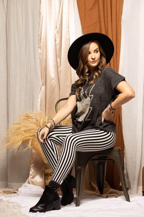 Big Bet White & Black Stripe Leggings
