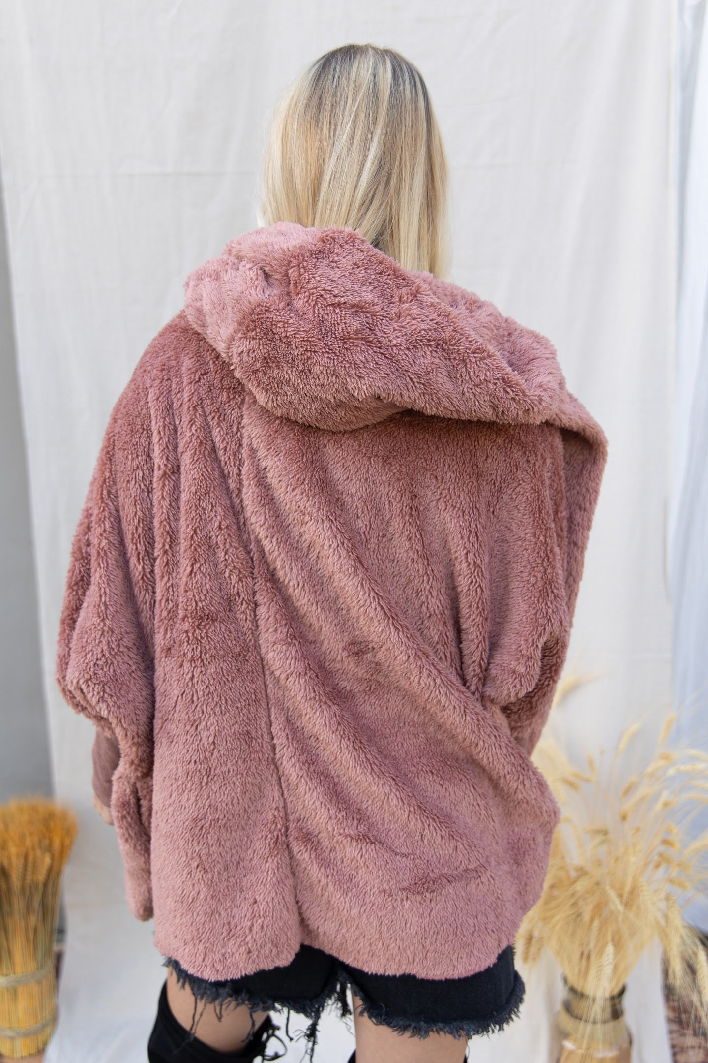 Falling For You Hooded Teddy Jacket: Mauve
