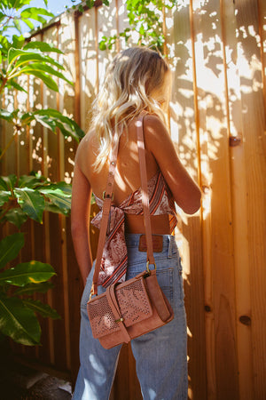 Palm Highway Crossbody in Rose