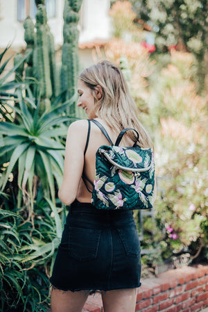 Waimea Bay Kiss Lock Backpack in Passionfruit