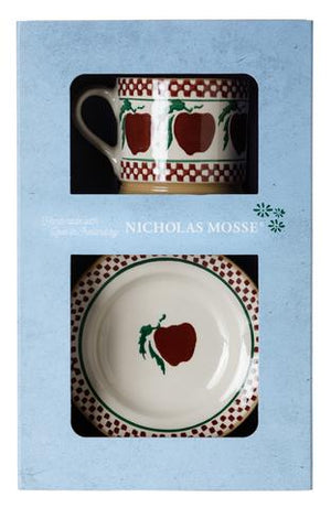 Box Set Small Mug and Tiny Plate Apple