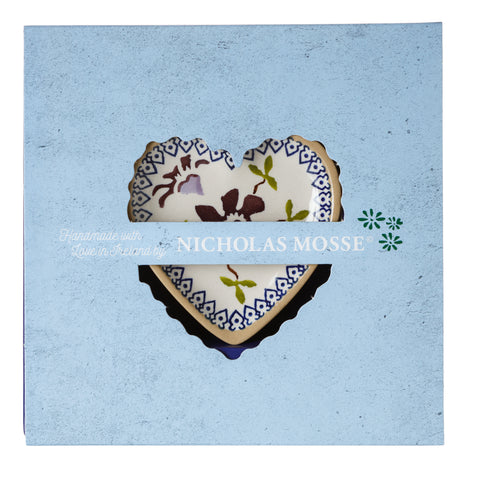Box Set Tiny Heart Plate Clematis