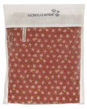 Red Lawn Tablecloth in bag 56 x 90
