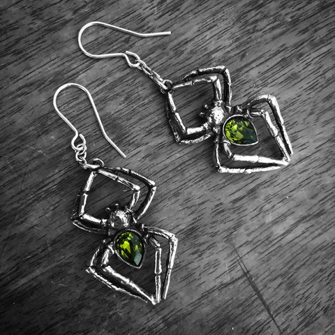 Alchemy Gothic Cesare's Veto Faux Stretcher Earring - SINGLE