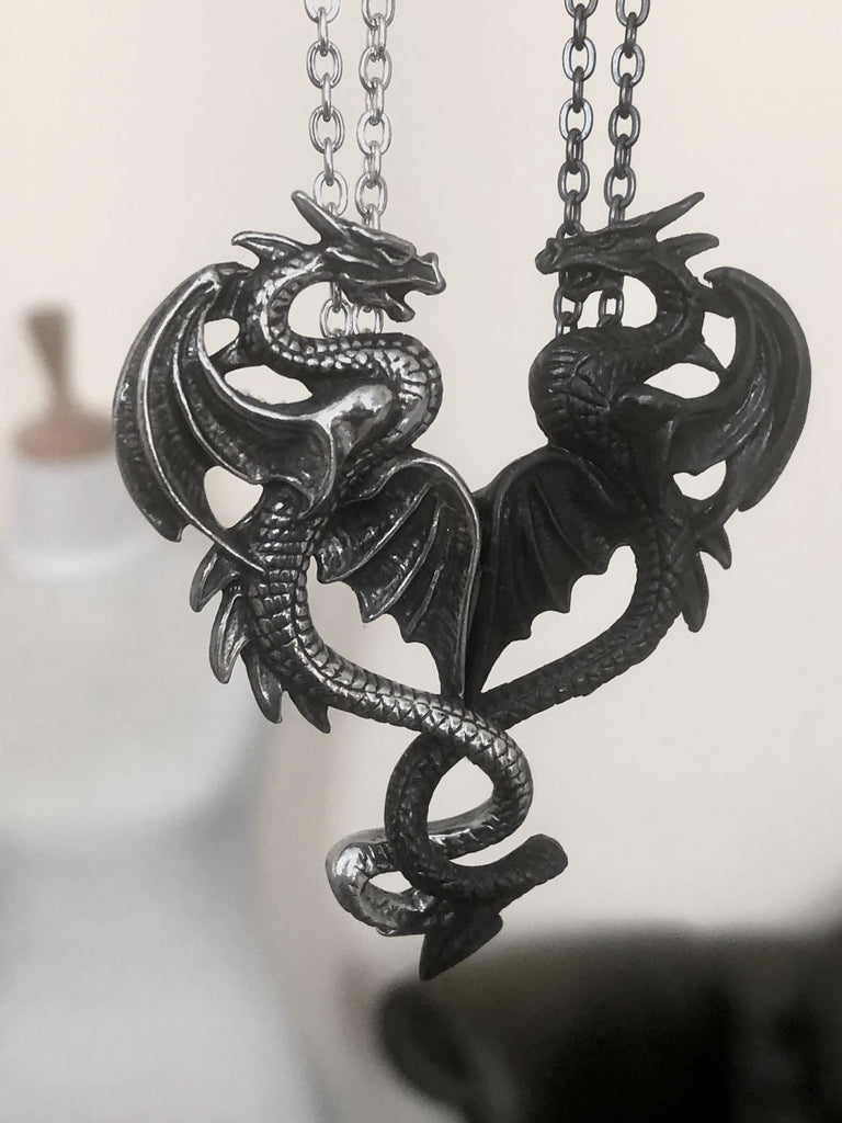 Alchemy Gothic Draconic Tryst Dragons Necklace Set