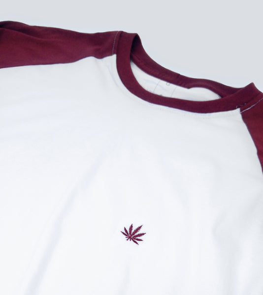 "Camiseta Raglan Bordô ""Weed Co"""