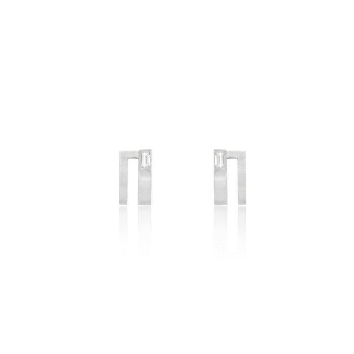 Unfinishing Line   sterling silver double lines sapphire earring  (UL19)