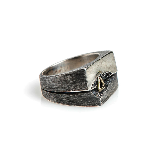 TRIANGLE SPLIT RING