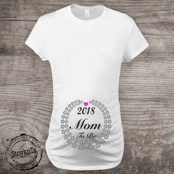 New Years Eve Pregnancy Announcement Maternity Shirt, 2018 Mom to be