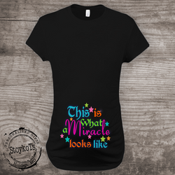 Christmas shirt, This is what a miracle looks like, Pregnancy Announcement Maternity Shirt, rainbow baby