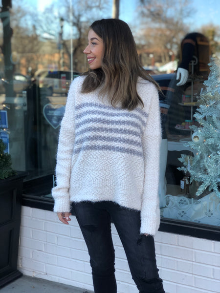 Oversized popcorn sweater