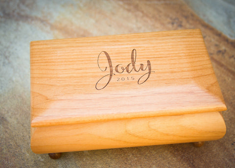 custom engraved jewelry box