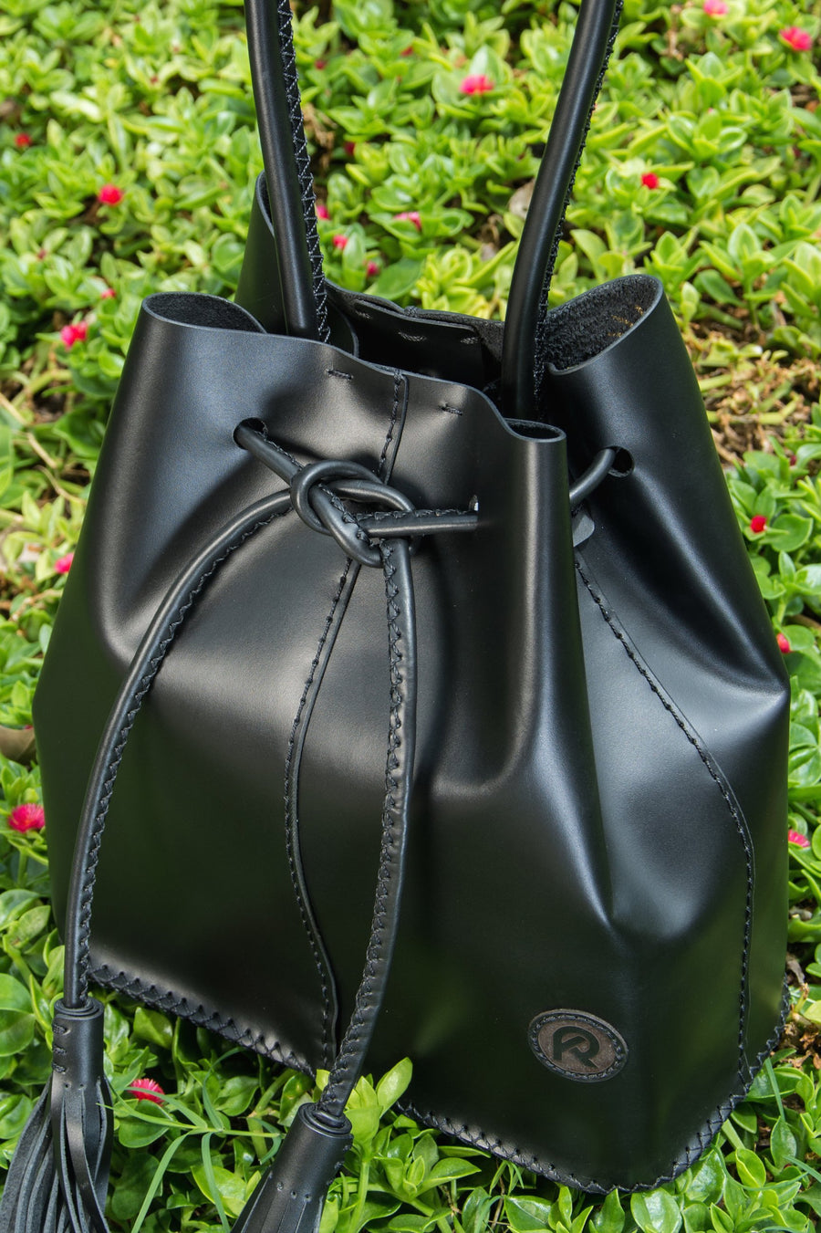 Bella Pizzazz, Black Bucket Bag, Handmade & Hand-Stitched, 100% Leather - TheMakerWorld