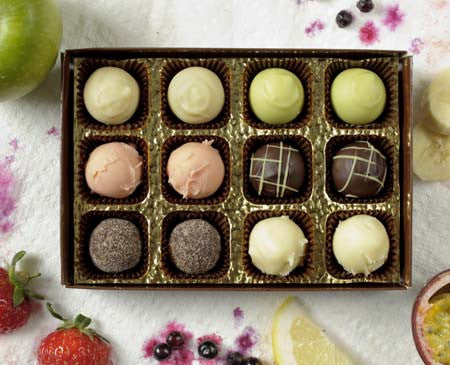 Chocolate summer fruits selection box