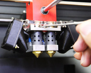 3D printers with Adjustable-Nozzles