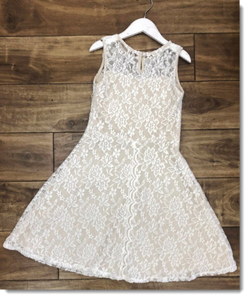 EK 204 Sweet Sleeveless Lace Dress