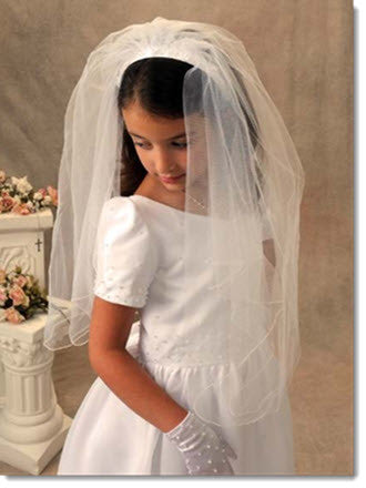 833 - First Communion Headband Veil with Pearls and Flowers