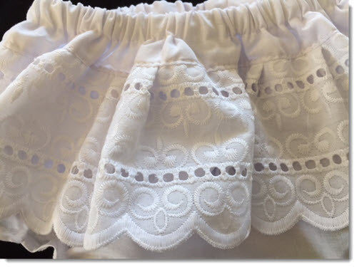 Cotton bloomers with Broderie Lace
