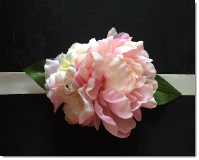 Flower Belt Soft Pink Peonie Cluster