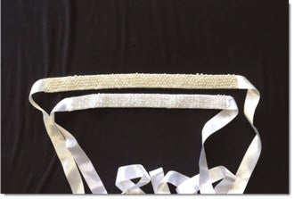 Ribbon belt with cluster pearls