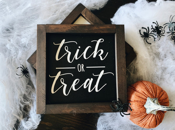 Trick or treat (black)