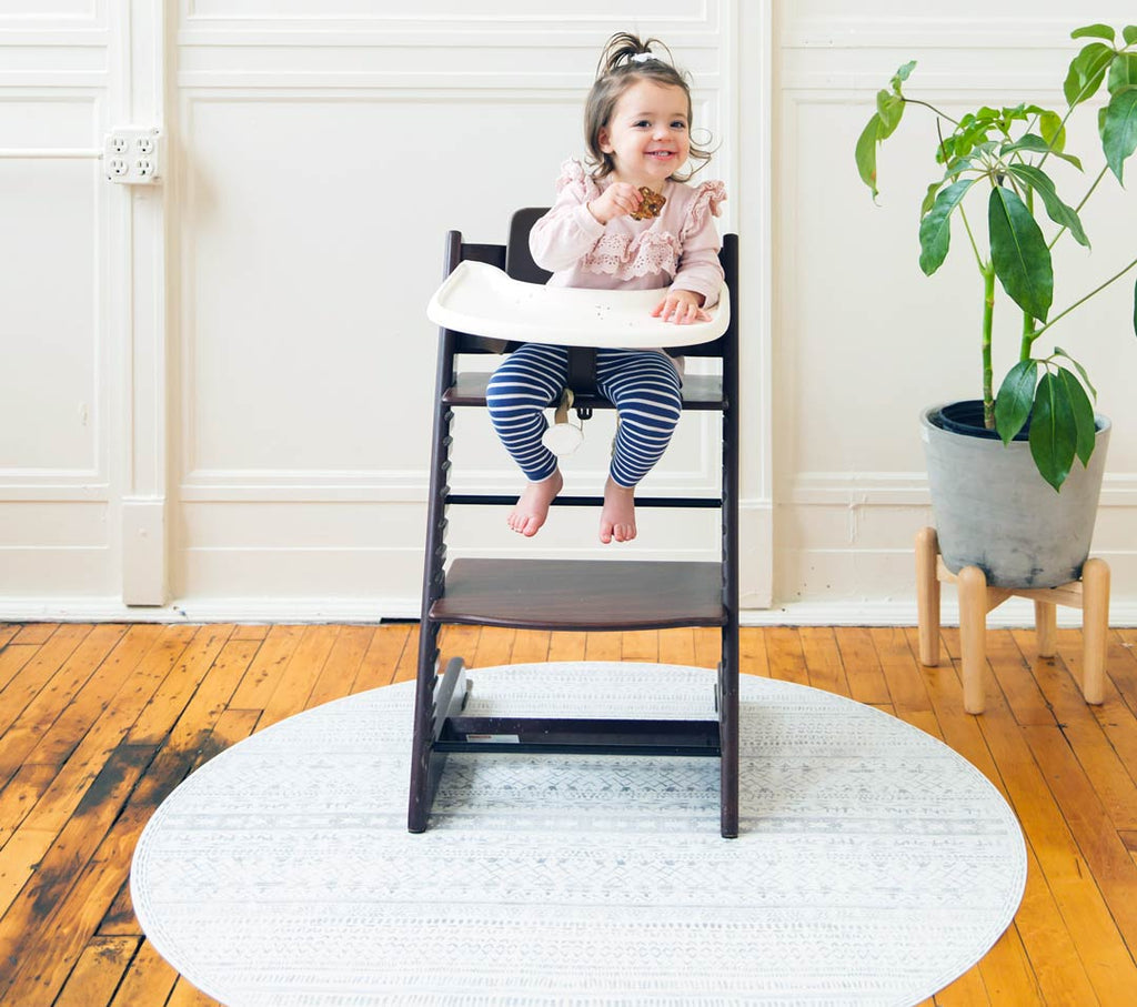Super soft one-piece mat that is multi-functional