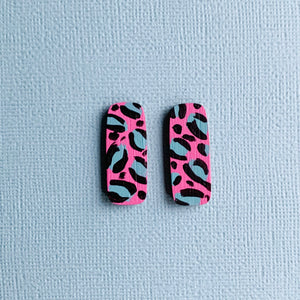 Layla hand painted leopard print wood studs Pink
