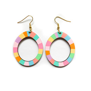 Loopy oval wood earrings #1