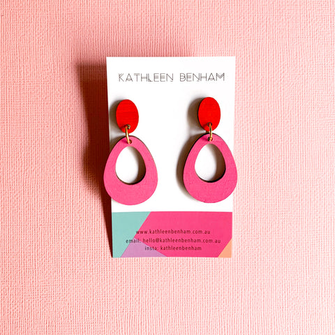 Ava hand earrings pale Pink/red
