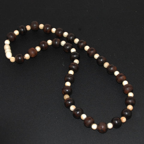 Ebony and Ivory Bead Necklace Vintage