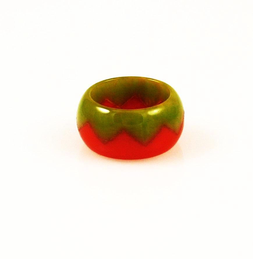 Bakelite Zigzag Ring 6½ Art Deco