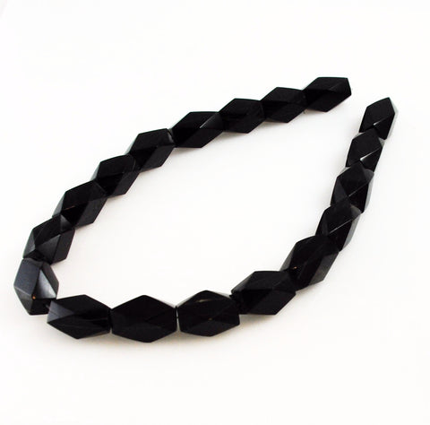 Black Horn Diamond Bead Strands 12 x 22mm