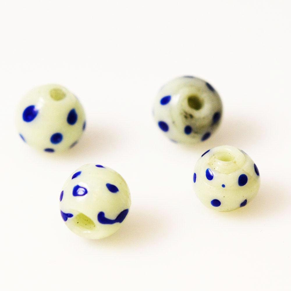 Antique White & Blue Skunk Trade Beads