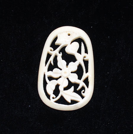 Bone Floral Carved Oval Pendant Vintage