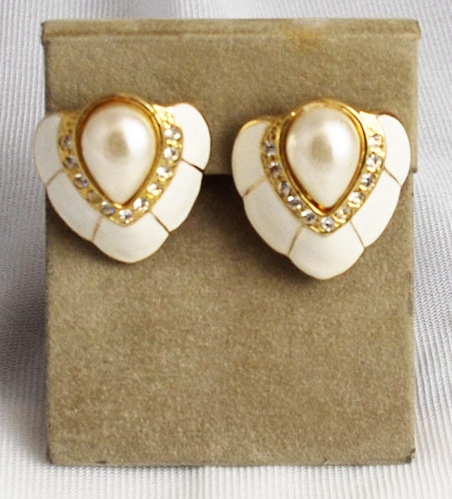 White Enamel Rhinestone & Pearl Clip On Earrings
