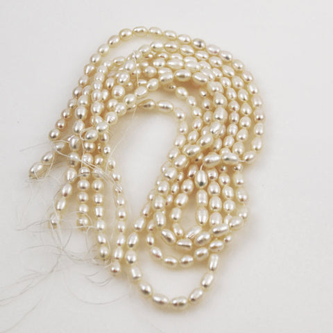 White Freshwater Pearl Oval Beads Strand