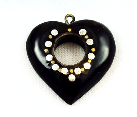 Black Horn Open Heart Pendants With Inlay Ring