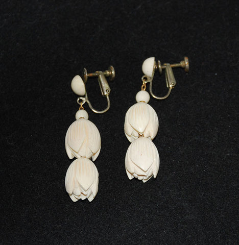 Ivory Pikake Floral Screw back Earrings Vintage