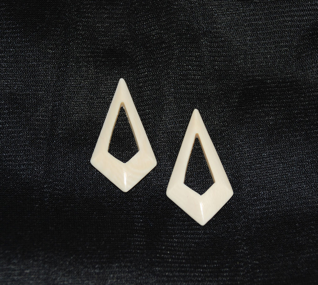 Pair of Ivory Kite Jewelry Pieces Vintage